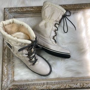 Coach Sage White Lace-Up Cold Winter Boots